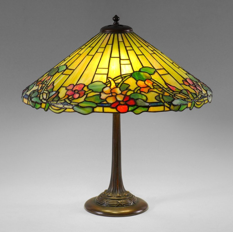 DUFFNER & KIMBERLY LEADED GLASS TABLE LAMP