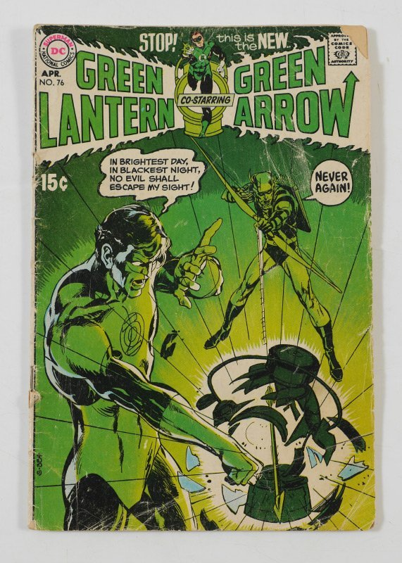 COLLECTION OF BRONZE AND MODERN AGE COMIC BOOKS