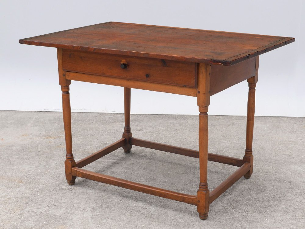 EARLY PINE TAVERN TABLE
