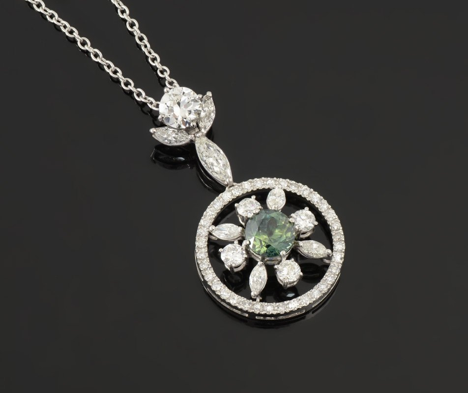 PLATINUM 3CTW RARE GREEN SAPPHIRE & DIAMOND PENDAN