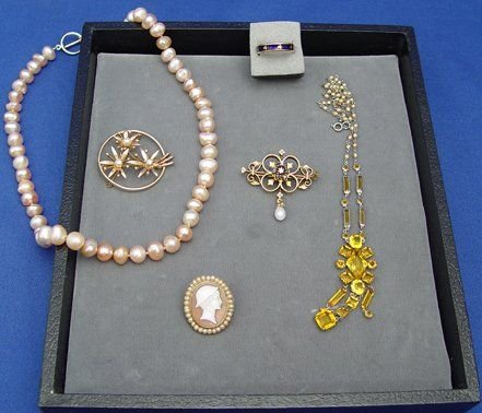 1417: ESTATE LOT 18K PIN RING 14K PINS PEARLS LAVALIER