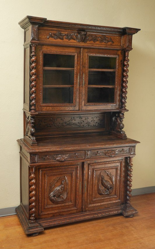 GOTHIC REVIVAL CARVED OAK HUTCH