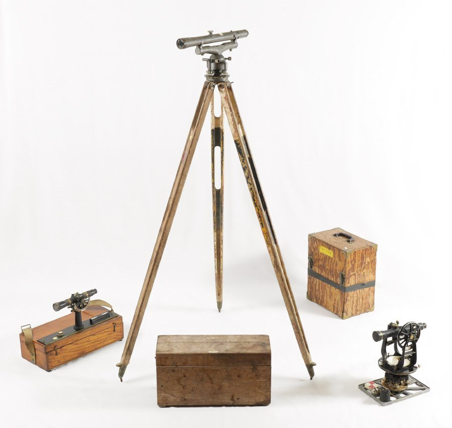 COLLECTION OF VINTAGE SURVEYING EQUIPMENT