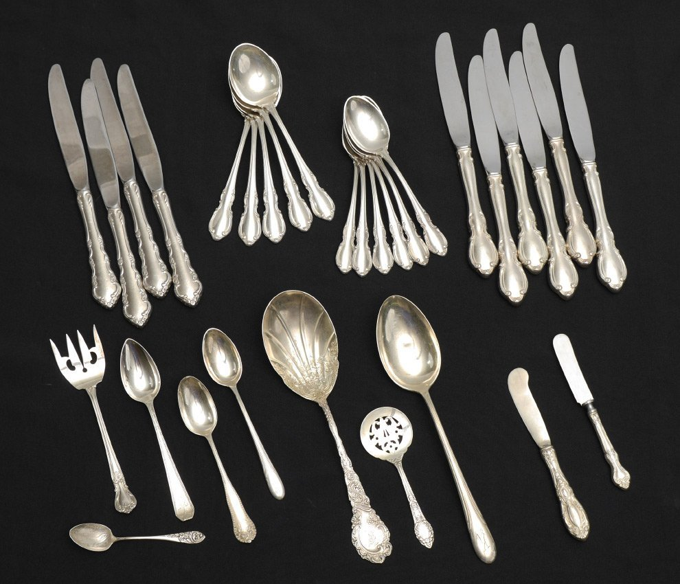 ESTATE COLLECTION OF STERLING FLATWARE