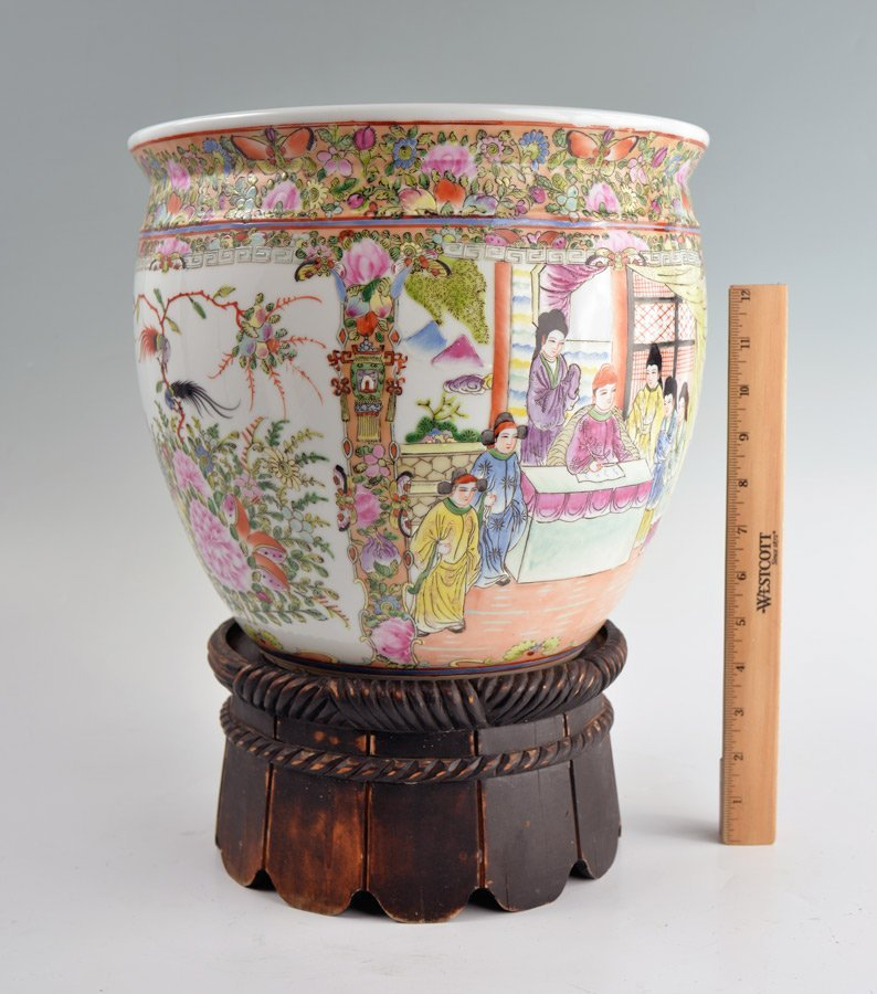 CHINESE ROSE MEDALLION JARDINIERE AND STAND