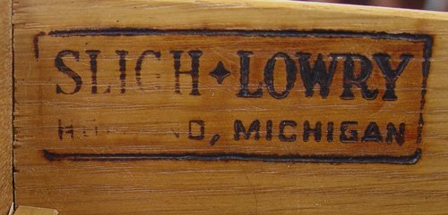 259: SLIGH LOWRY KNEE HOLE DESK - 4