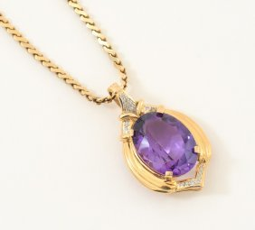 19.60 CT AMETHYST PENDANT WITH DIAMONDS ON GOLD CHAIN