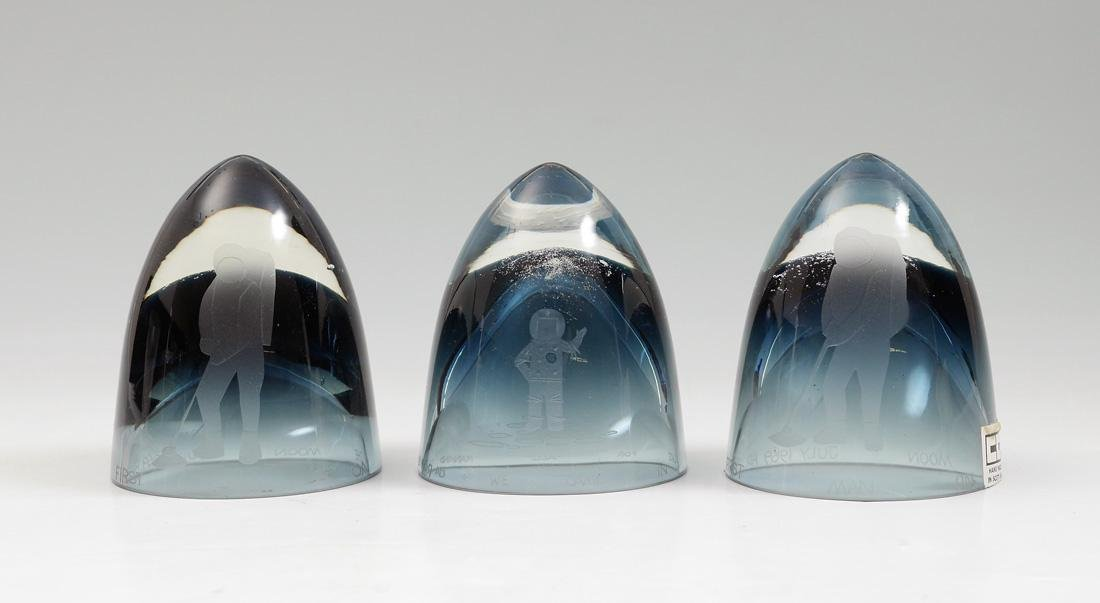 3 COLIN TERRIS CAITHNESS 1969 APOLLO PAPERWEIGHTS