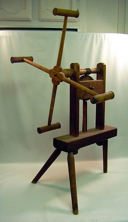 Antique Wood Spinning Wheel Spinner's Weasel