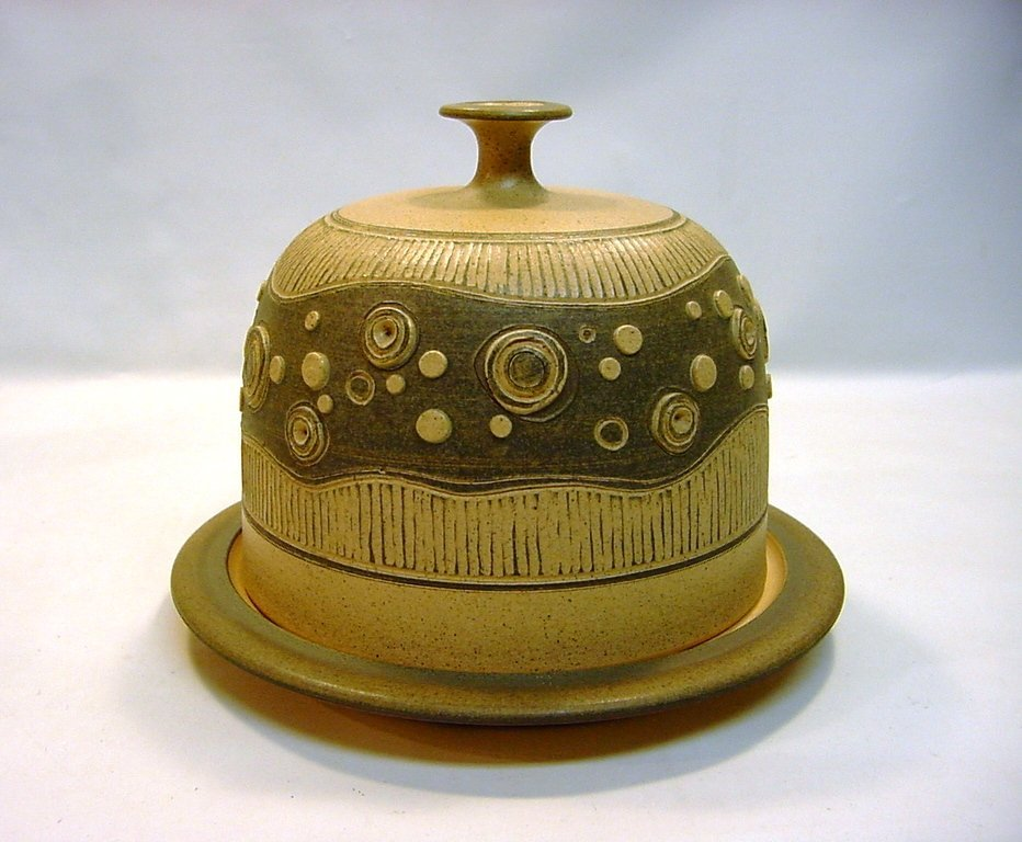 1974 Early James E Sanders Pottery Covered Dish