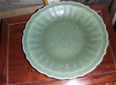 Chinese longquan large plate yuan dynasty.