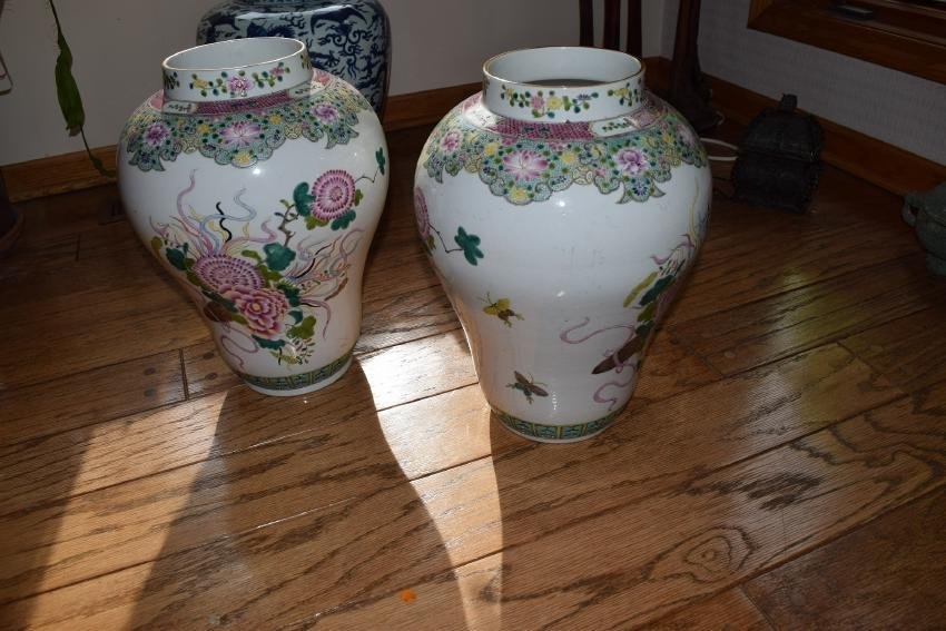 Chinese 18/19th export a pair large vases.