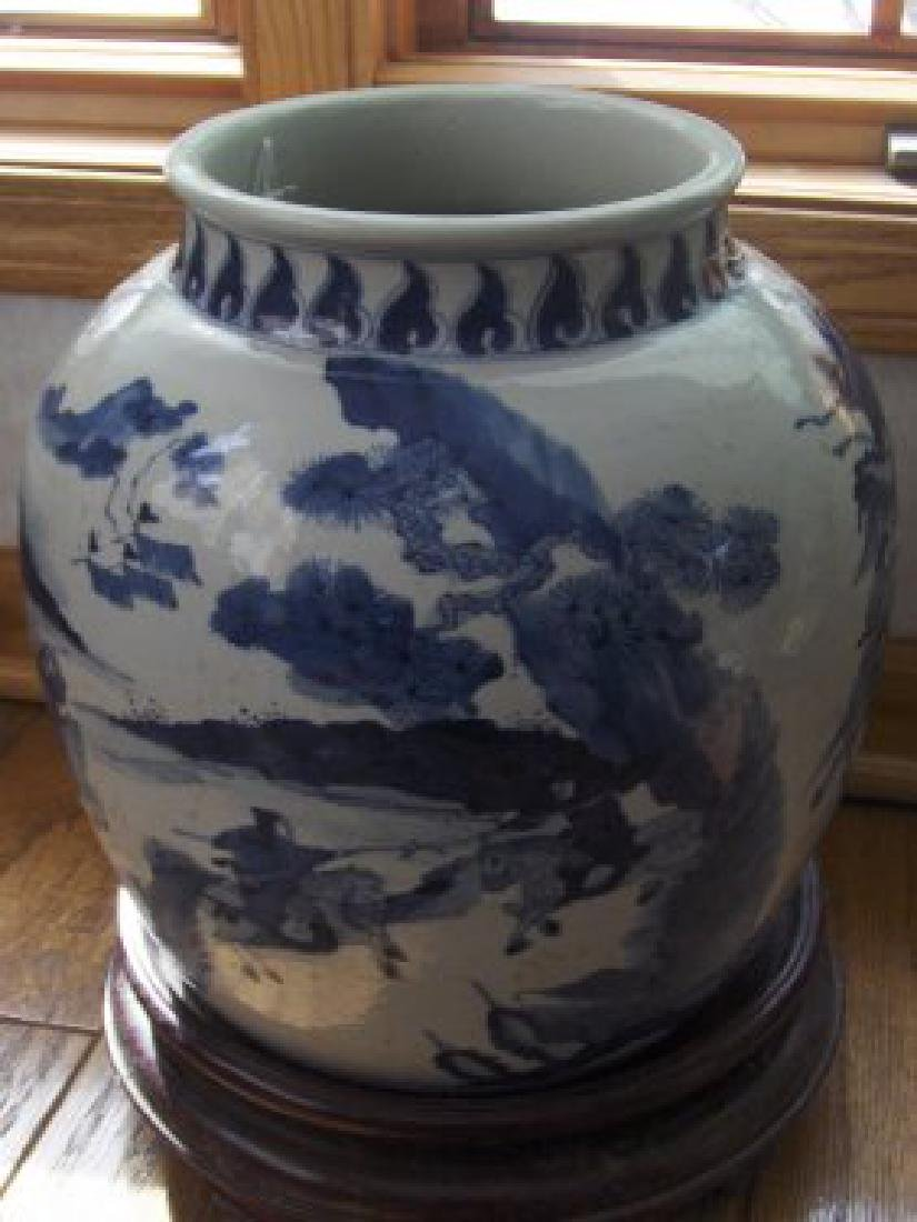 Chinese early qing large blue and white jar