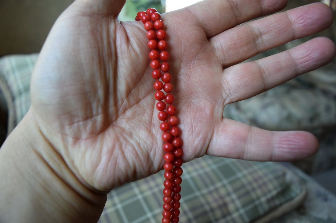 Chinese coral necklace. - 2