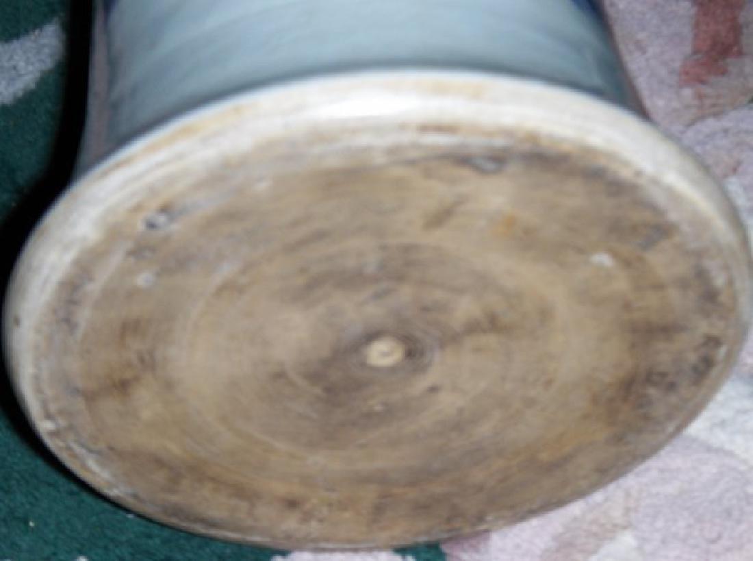 Chinese ming zhongnzhen vase - 2