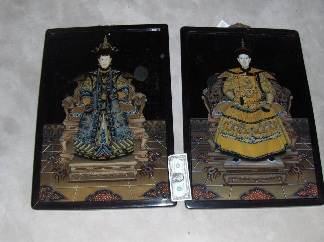 Chinese Emperor Qinanlong portrait and his qreen large