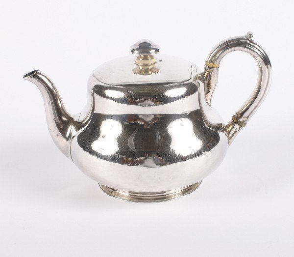 633: A George II Silver Coffee Pot, London, Height 5 1/