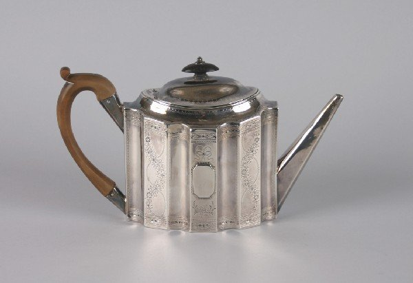639: A George III Silver Teapot, probably Peter and Ann