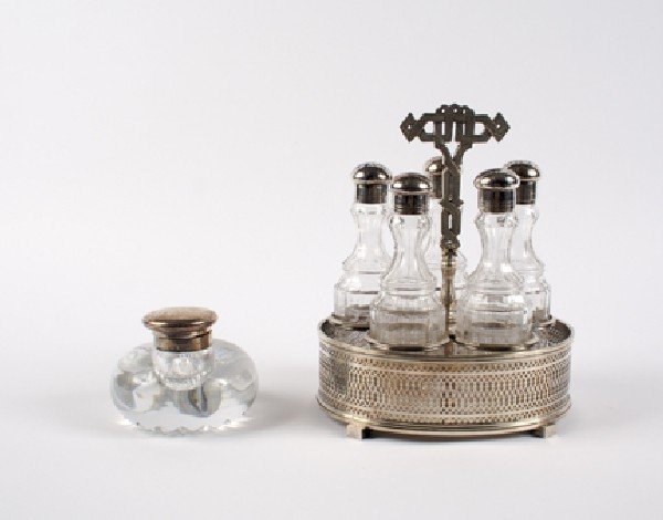 649: A George V Silver Mounted Glass Inkwell, Birmingha