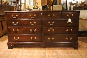 22: A Georgian Style Mahogany Double Chest of Drawers,