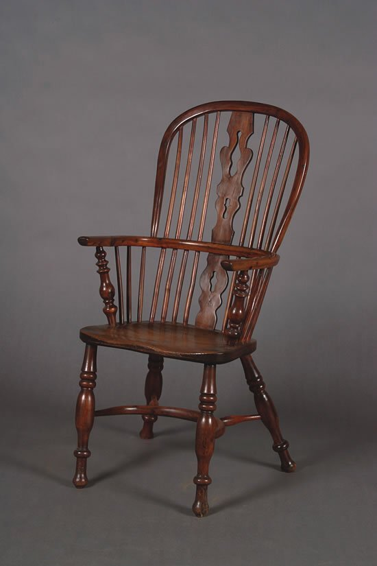 22: An Elm and Yewwood Windsor Chair,