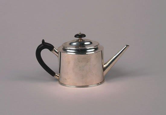 617: A George III Silver Teapot, Hester Bateman, London