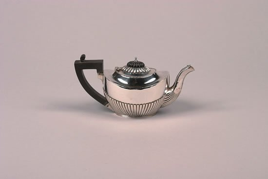 626: An Edward VII Silver Teapot, Chester,