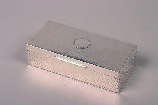 An Edward VII Silver Cigar Box, William Comyns & S