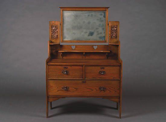 An English Arts & Crafts Oak Dressing Table,