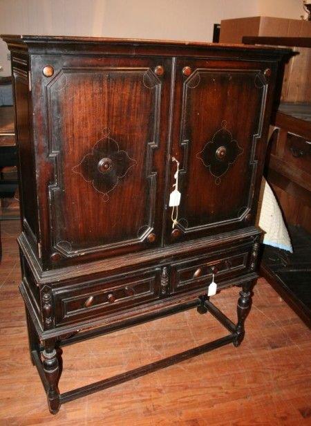 2: A Partial Jacobean Revival Dining Suite, Windsor Fur