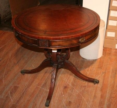 27: A Georgian Style Drum Table, Height 29 x diameter 3
