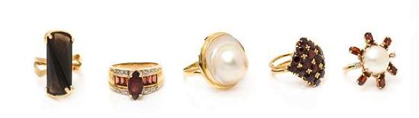 * A Collection of Yellow Gold and Multigem Rings, 20.60