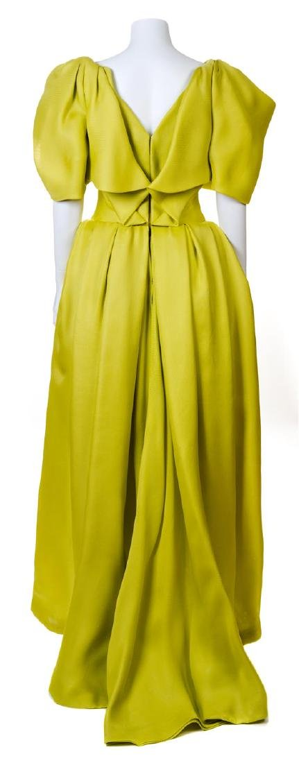 A Jacqueline de Ribes Chartreuse Raw Silk Gown, - 2