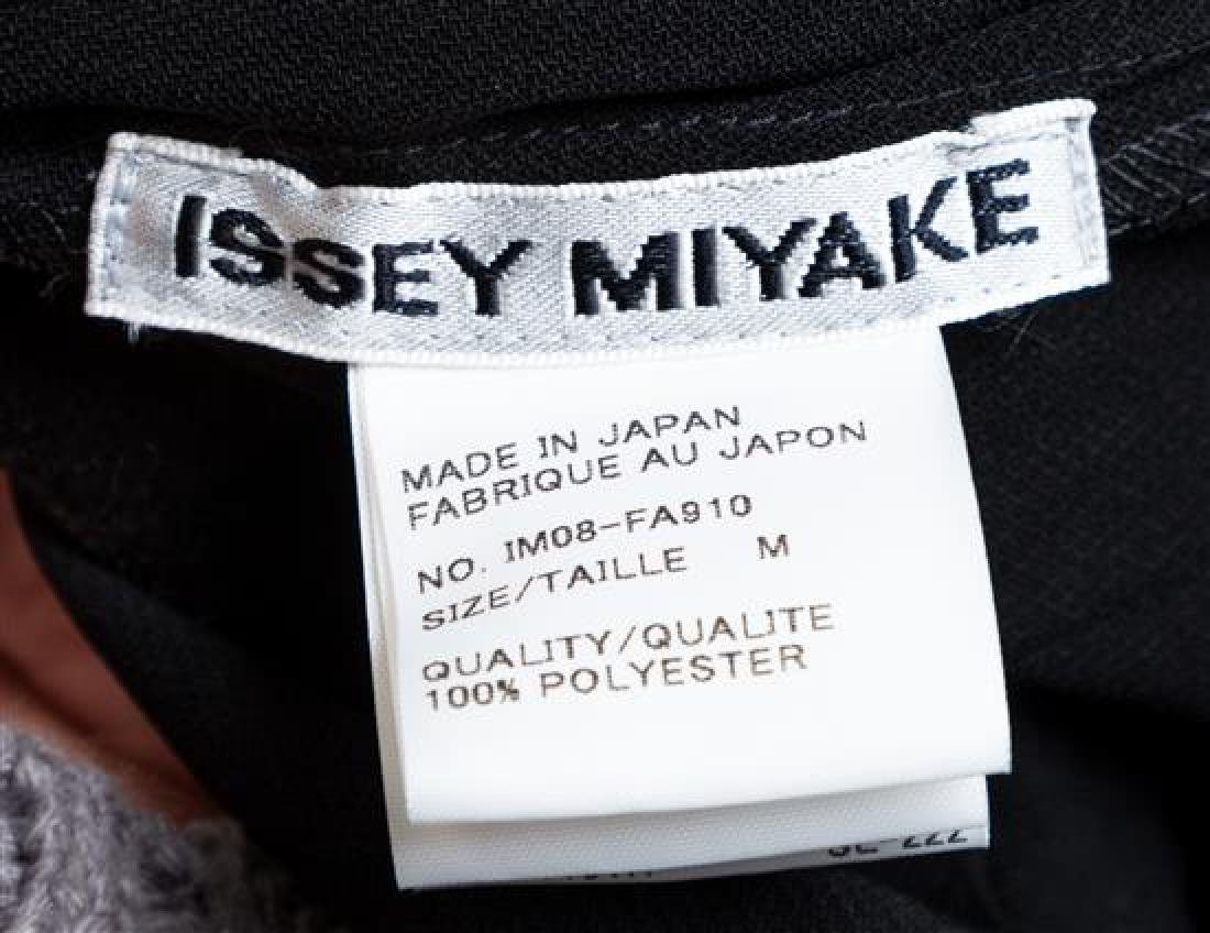 An Issey Miyake Black Pleated Coat, - 2
