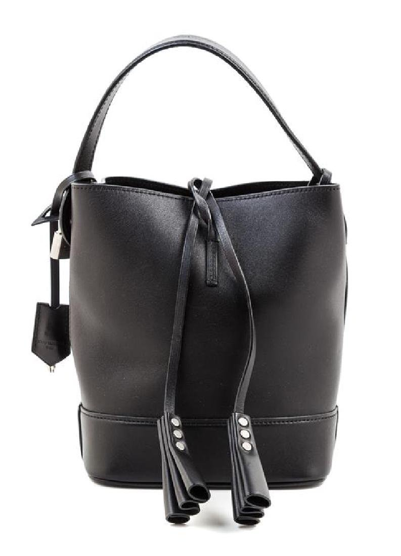 A Louis Vuitton Black Leather Cuir Nuance Tote,