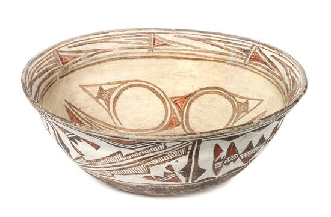Zuni Polychrome Dough Bowl Height 6 x diameter 16 1/4