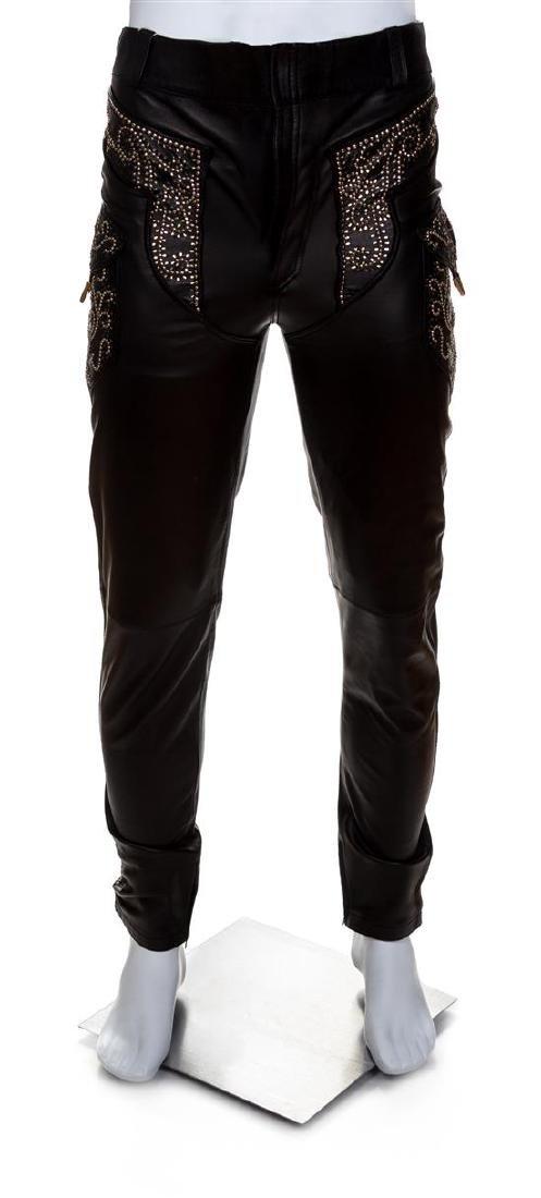 A Gianni Versace Black Leather Men's Pant, Size 48.