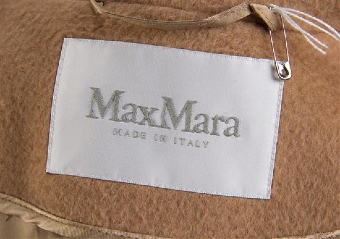 A Max Mara Camel Hair Coat, Size 0. - 2