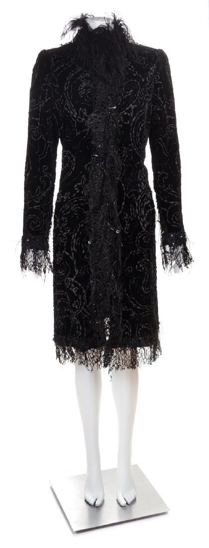 An Oscar de la Renta Black Velvet Evening Coat, No