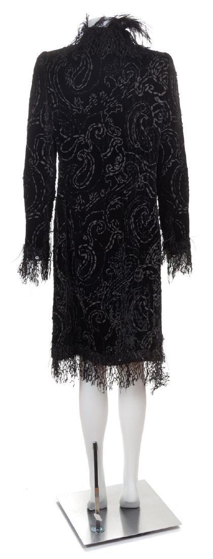An Oscar de la Renta Black Velvet Evening Coat, No - 2