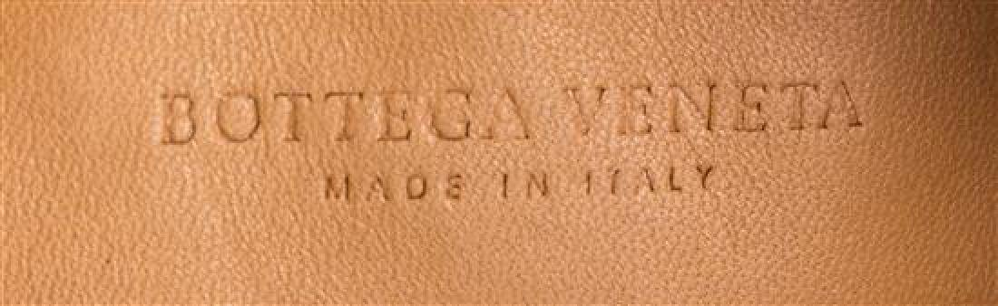 A Bottega Veneta Tan Intrecciato Leather Shoulder Bag, - 4
