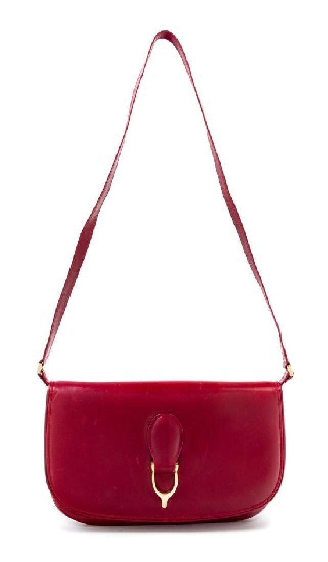 "A Gucci Red Leather Flap Handbag, 10.5: x 7"" x 1"";"