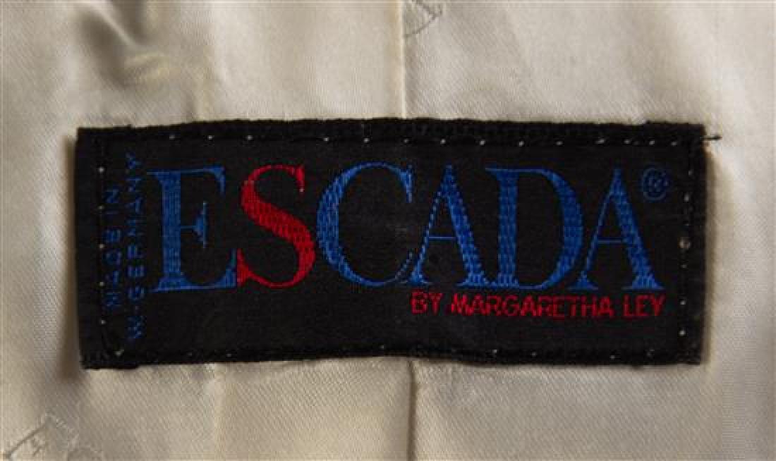 An Escada Black and Cream Wool Coat, Size 36. - 2