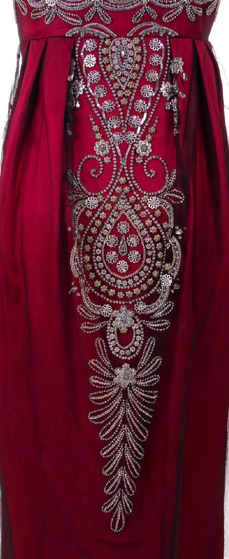A Reem Acra Red Silk Evening Gown, Size 8. - 3