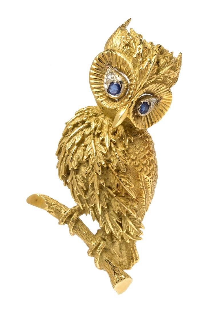 An 18 Karat Yellow Gold, Sapphire and Diamond Owl Motif