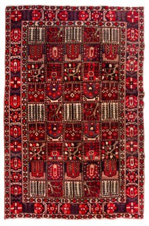 A Bakhtiari Wool Rug 10 feet x 6 feet 9 inches.
