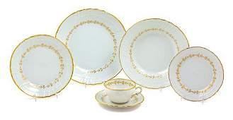 A Richard Ginori Porcelain Dinner Service for Sixteen