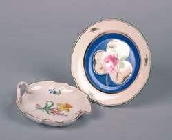 A Meissen Leaf-Form Handled Tray, Diameter of plate