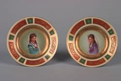 34: A Pair of Royal Vienna Porcelain Cabinet Plates, Di