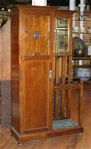 178A: A Mahogany Arts and Crafts Style Hall Stand.